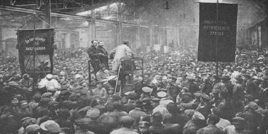 soviet numa fábrica