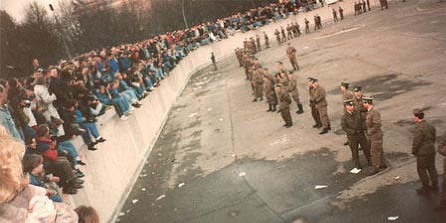muro-de-berlim-89