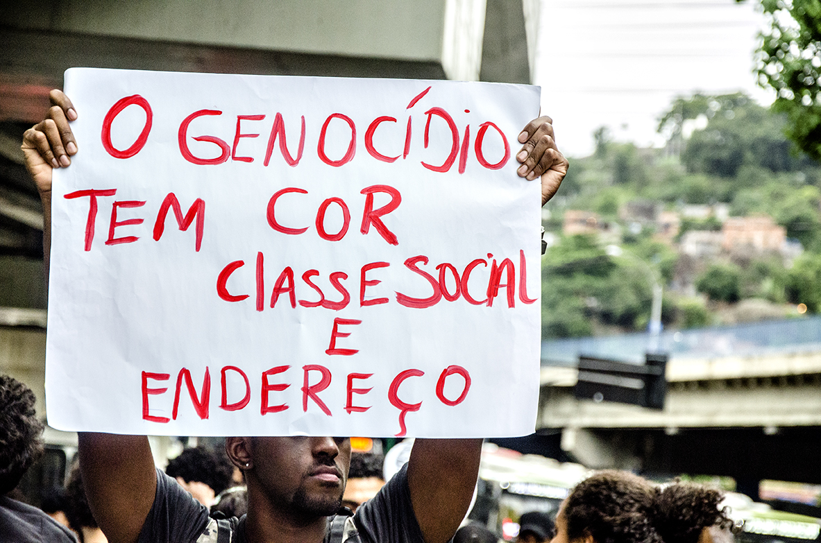2015_12_03_Protesto_Marcia-Farias_0179