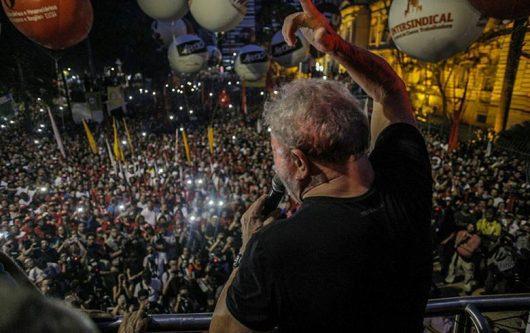 Lula na república dia 24
