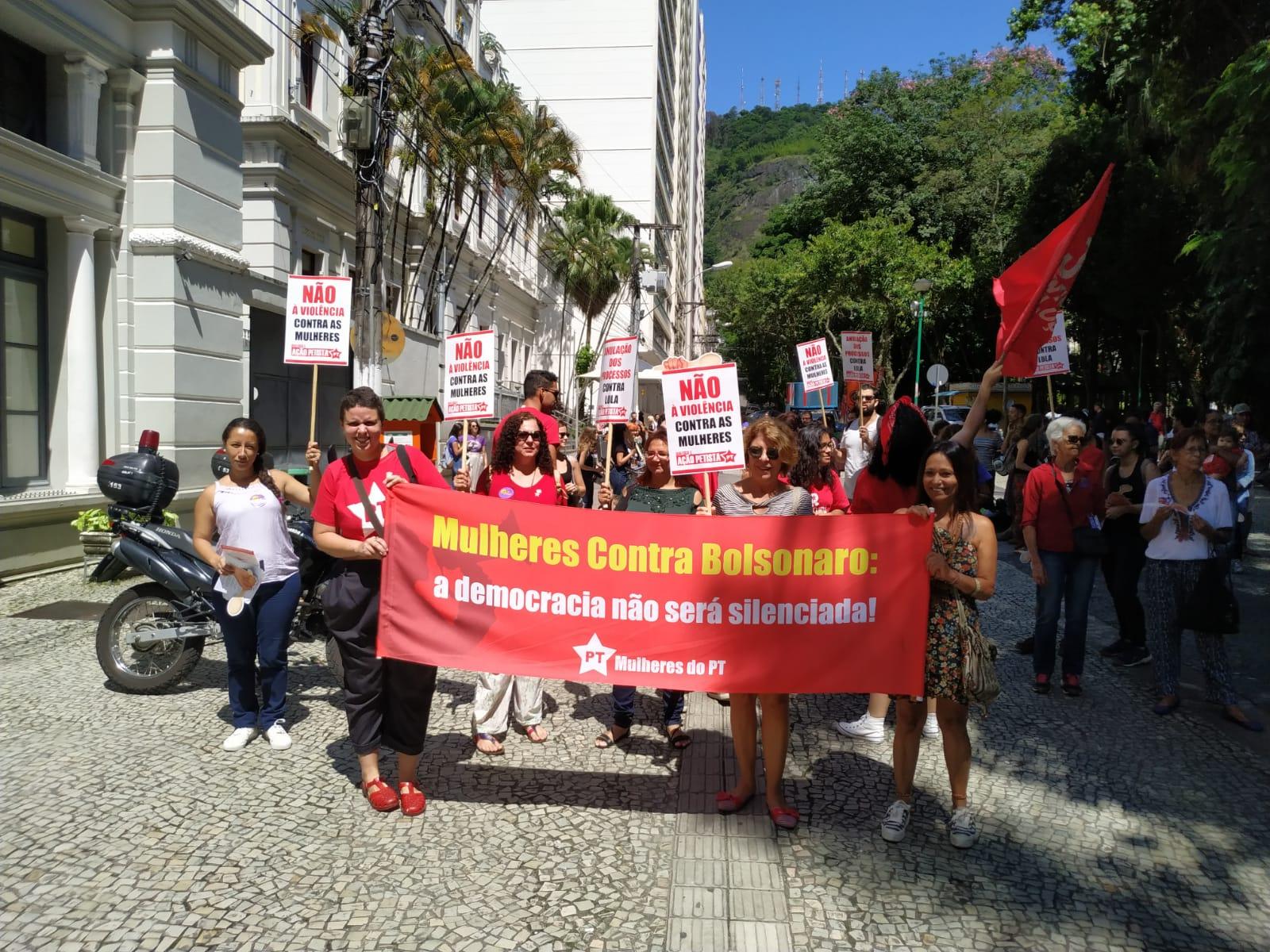 Mulheres petistas em ato em Juiz de Fora