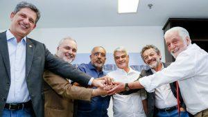A partir da esquerda, a bancada do PT: Rogerio de Carvalho (SE), Jean Paul Prates (RN), Paulo Paim (RS), Humberto Costa (PE), Paulo Rocha (PA) e Jaques Wagner (BA)